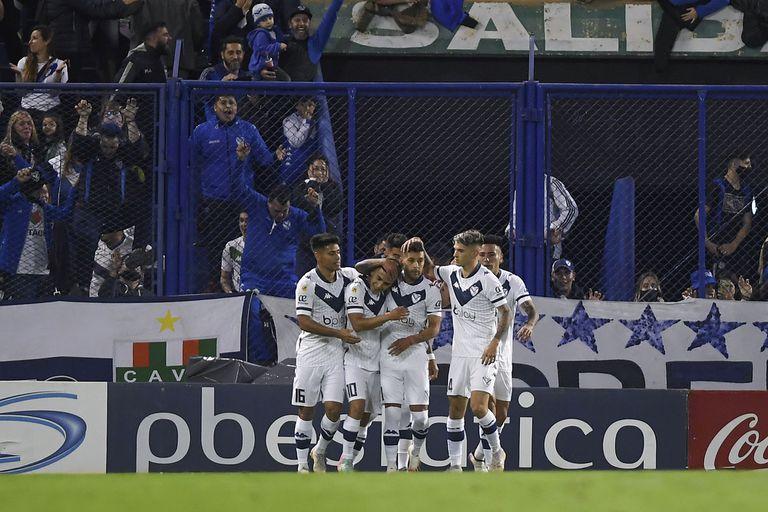 Una noche que Vélez recordará e Independiente querrá olvidar, pero que en la tabla fue igual para ambos