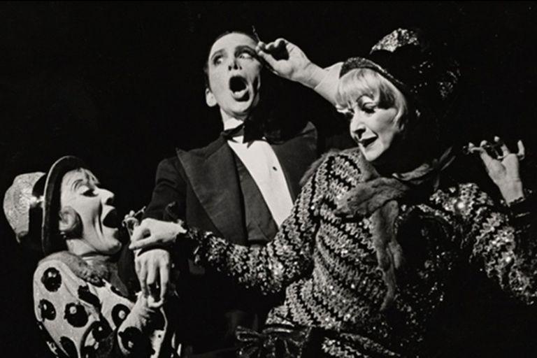 Joel Grey, en la puesta original de Harold Prince, en Broadway, estrenada en 1966