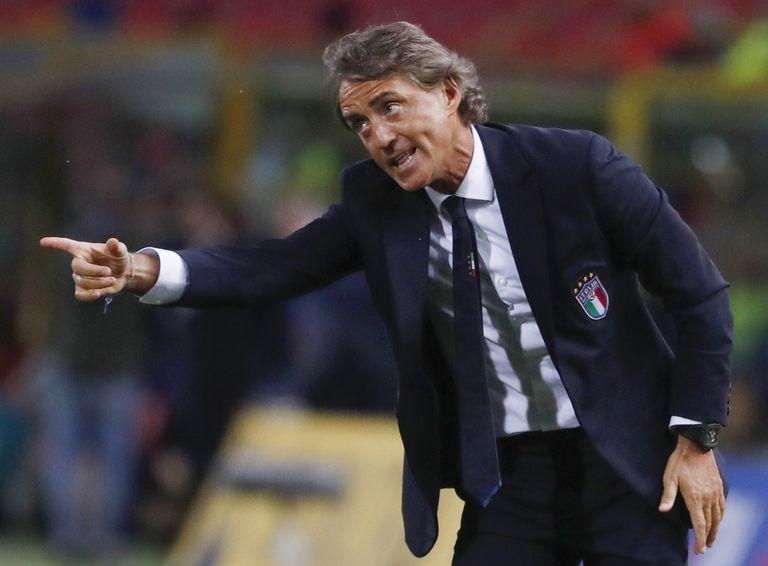 El técnico de Italia, Roberto Mancini, que este viernes abrirá el certamen frente a Turquía