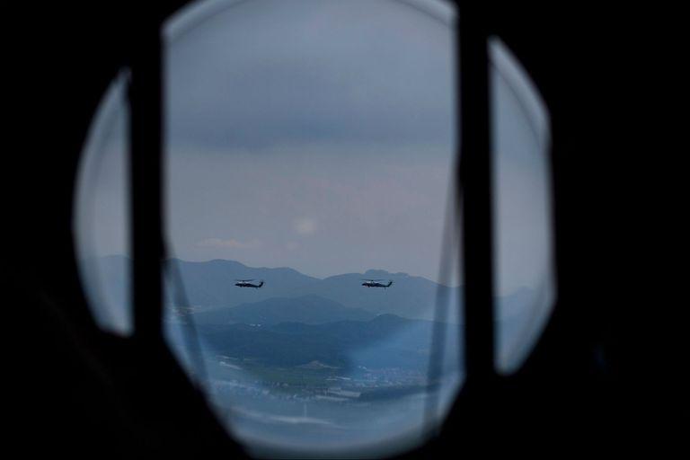Trump y Moon apunto de aterrizar en Corea del Sur.