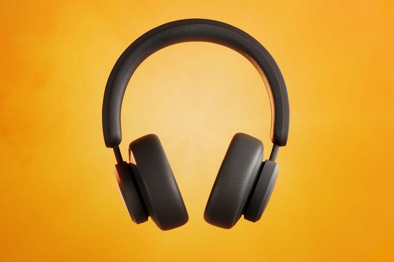 Carga solar: crean unos auriculares que se recargan con luz natural o artificial