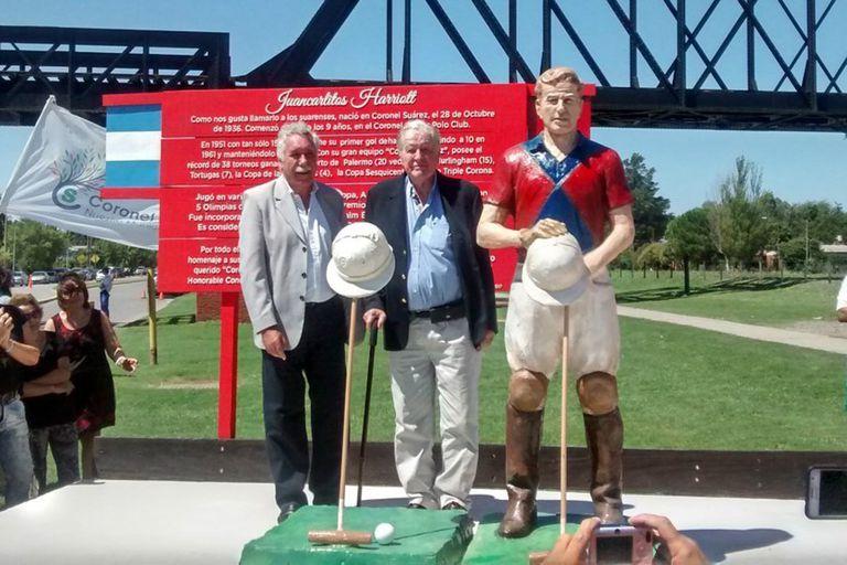 El homenaje en Coronel Suárez, en febrero de 2017: la inauguración de la estatua