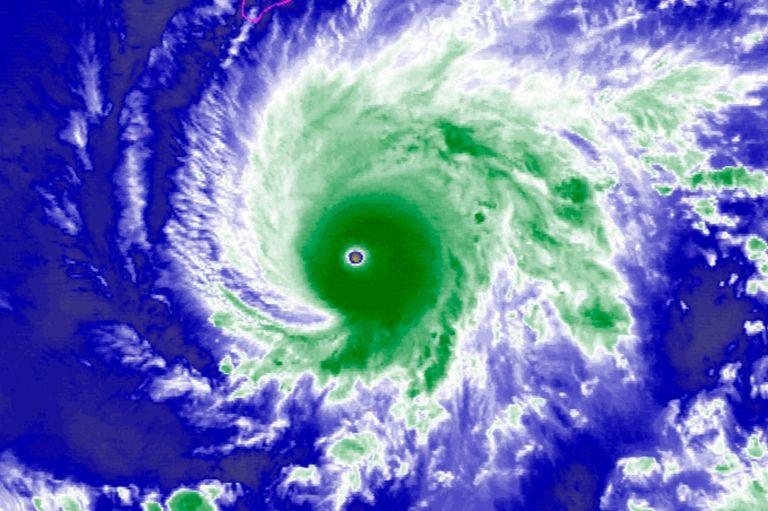 Lane, el huracán de categoría 5 que se acerca a Hawaii y genera pánico