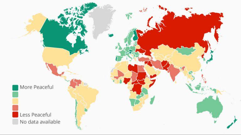 El mapa mundi y los países pintados de acuerdo al nivel de paz y seguridad que brindan