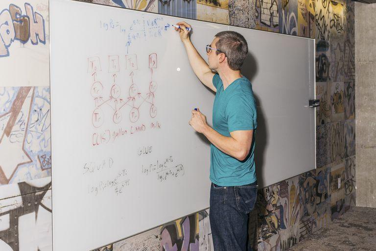 Jacob Devlin, investigador del equipo Google Research a cargo de Bert, en las oficinas de la compañía en Seattle, Estados Unidos