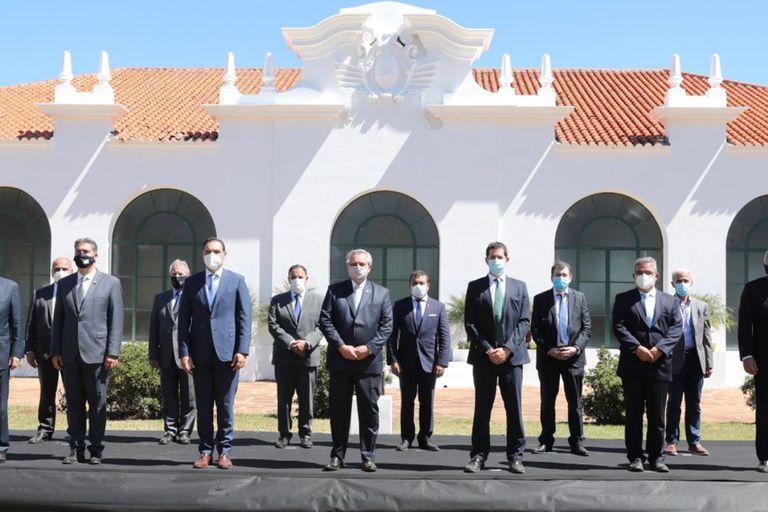 """""""Cuando quieren hacerme claudicar pienso en San Martín"""", afirmó el Presidente"""