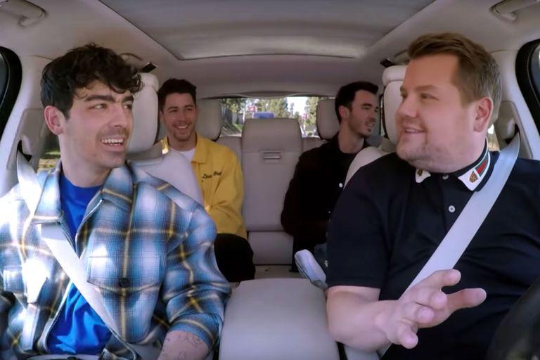 """Los Jonas Brothers volvieron a cantar juntos en el """"Carpool Karaoke"""""""
