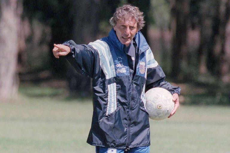 """Pekerman, exclusivo: su recuerdo a 25 años de Qatar '95 y una """"refundación"""""""