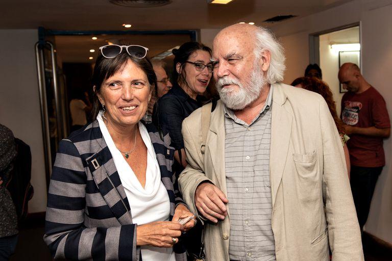 La escritora Claudia Piñeiro en el primer acto oficial de Juan Sasturain como director de la BNMM