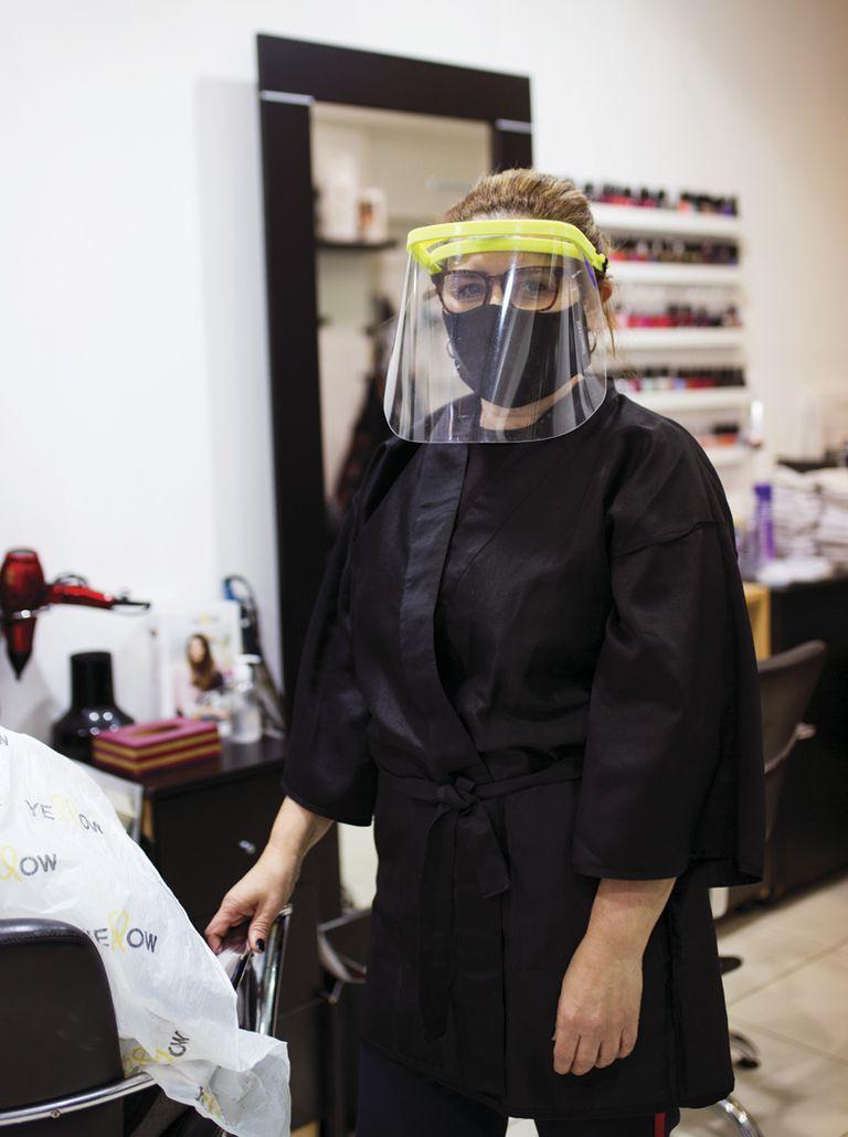 """Andrea Peluquería: AM Boutique. ¿Qué es lo que más extrañabas del local? """"Atender a la gente es lo más lindo, hacer cambios de look""""."""