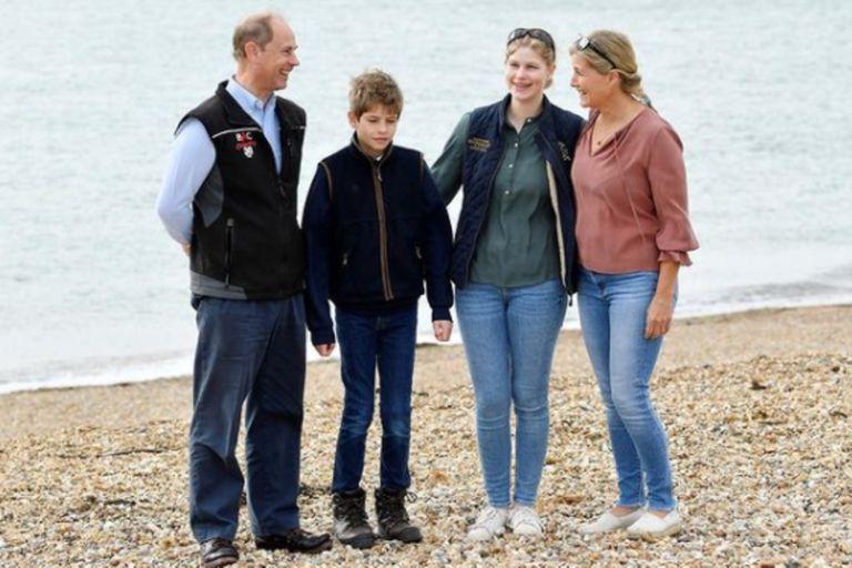 Este año, el hijo menor de la reina, Eduardo, tuvo gran protagonismo en eventos públicos de la corona tras la partida del príncipe Harry y Meghan Markle