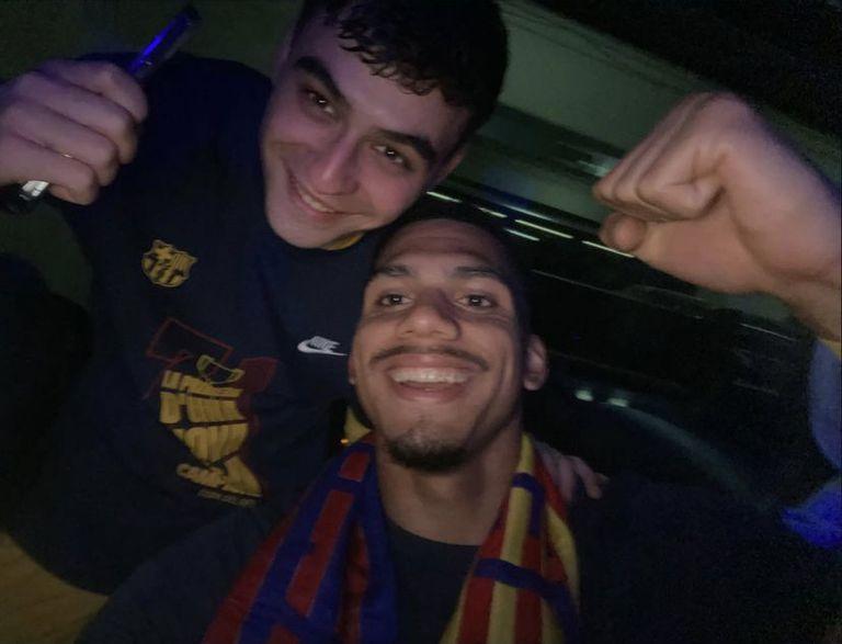 Pedri y Ronald Araújo, dos grandes compañeros del Barcelona
