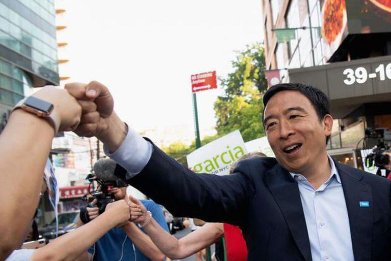 El moderado Andrew Yang, ahora excandidato a alcalde de la ciudad de Nueva York, reconoció su derrota
