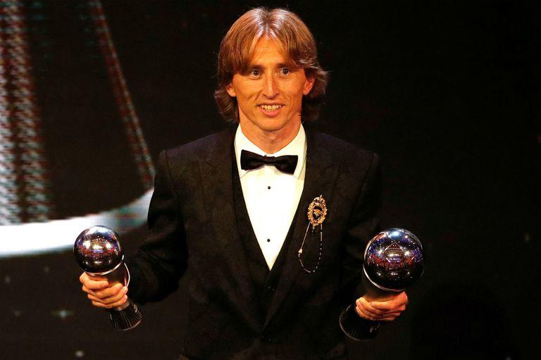 Modric gana en una gala en la que se criticó las ausencias de Messi y Cristiano