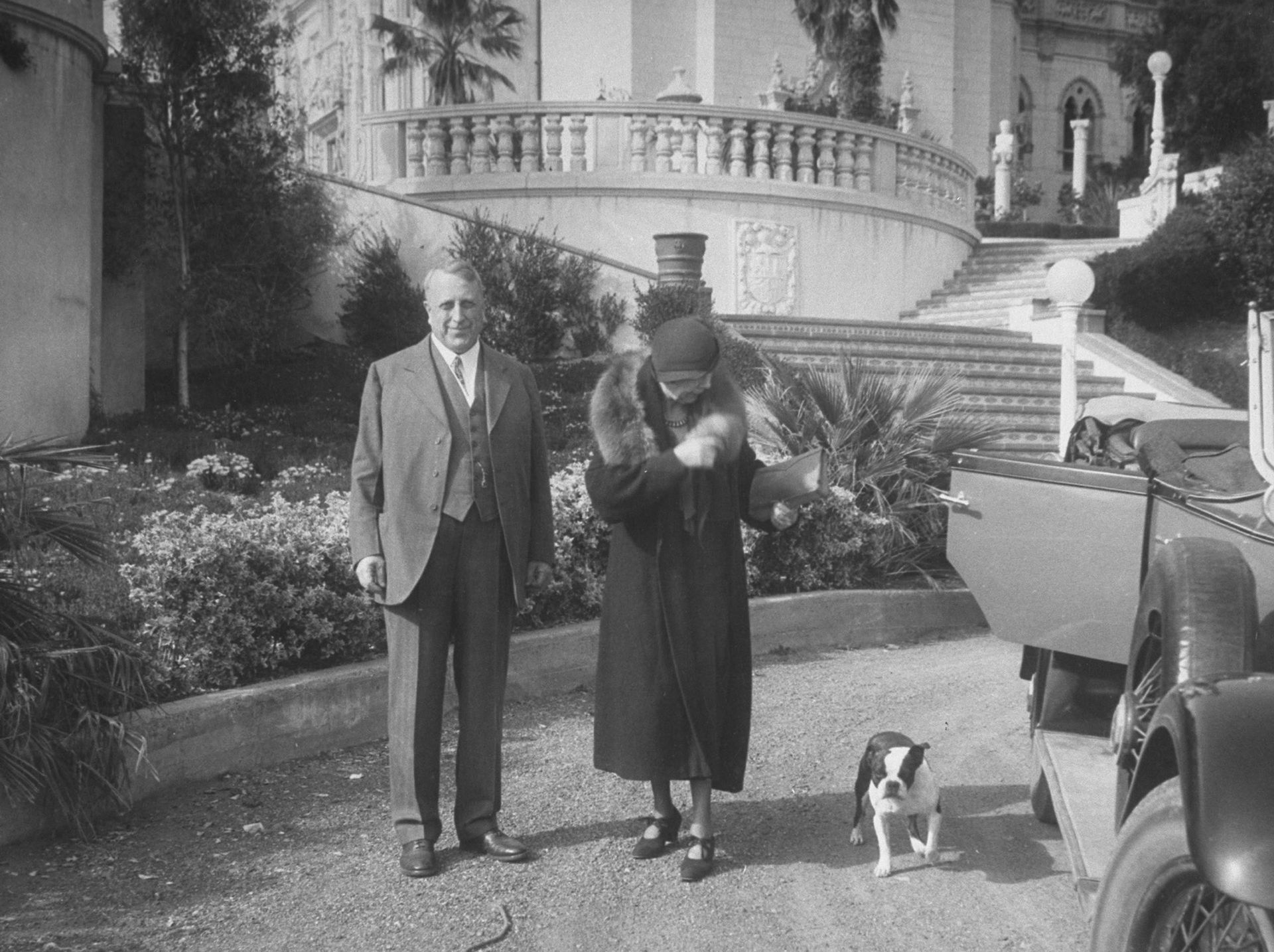 William Hearst y Marion Davies, en el castillo.