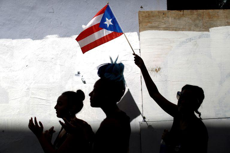 Ricky Martin, Daddy Yankee y Bad Bunny, contra el gobernador de Puerto Rico
