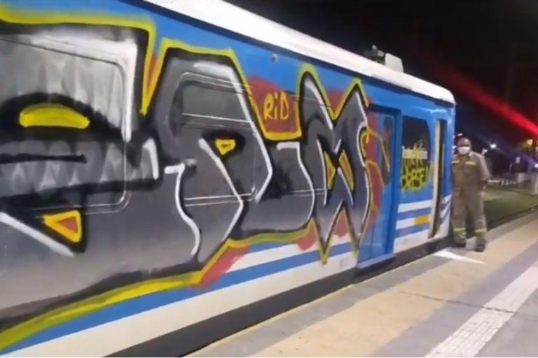 Quilmes: grafitearon una formación del Roca y fueron detenidos