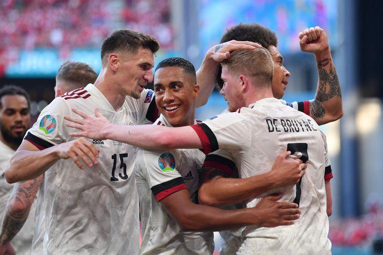 Bélgica ganó y se clasificó a los octavos de final