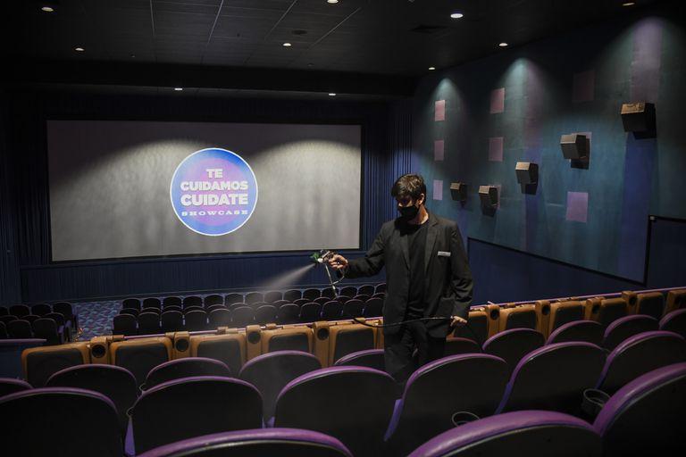 Taquilla: al mes de su reapertura, la concurrencia a los cines es el 30 por ciento de la de 2019