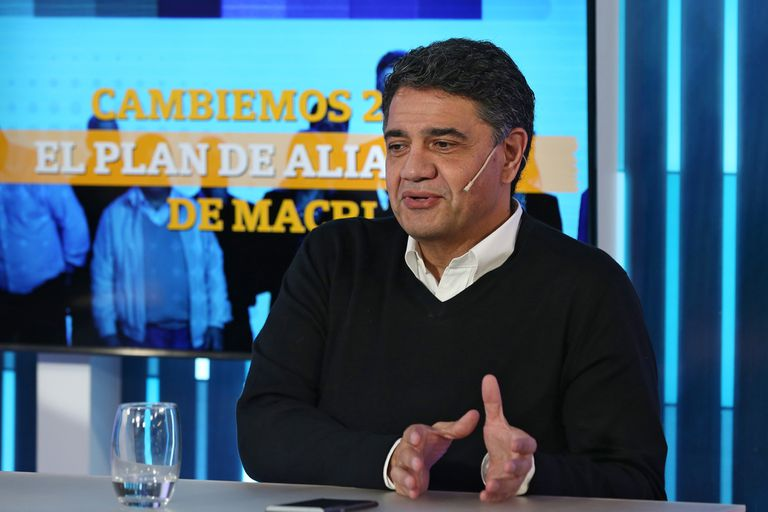 El intendente de Vicente López y presidente del PRO en la Provincia de Buenos Aires se refirió a los pedidos de la UCR