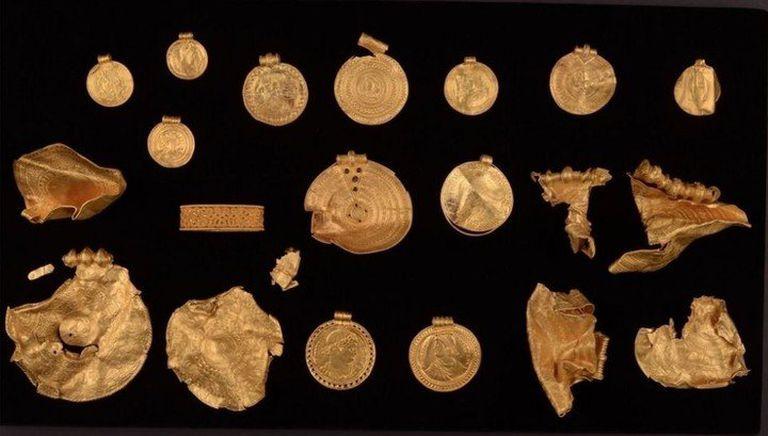 """Según explicó Ravn, son los símbolos de los objetos los que los hacen únicos, """"más que su valor en oro, que es de un kilogramo"""""""