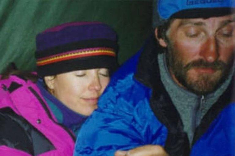 Francys Distefano-Arsentiev y su marido Sergei llegaron a la cima del Everest, pero en el descenso  ambos perecieron