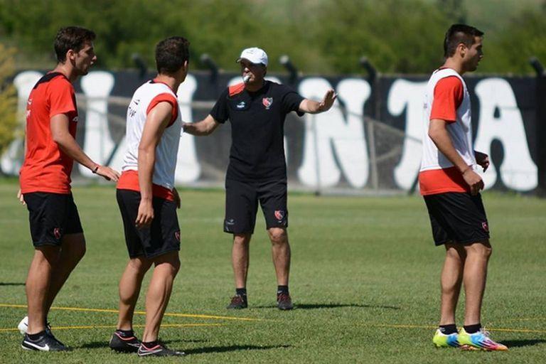 Gustavo Raggio admitió que presentó su renuncia tras la derrota en el clásico
