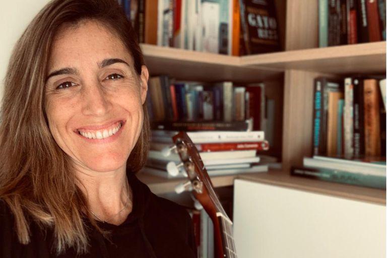Soledad Pastorutti trabaja en su nuevo disco, La Gringa, desde su casa