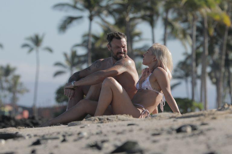 Lejos de Megan Fox, Brian Austin Green disfruta de su nuevo amor en Hawai