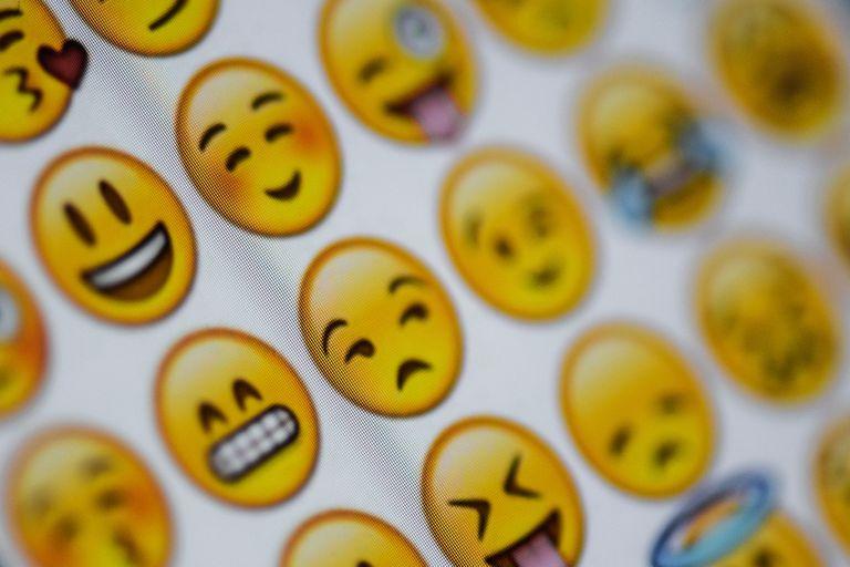 Con Gboard, el teclado de Google para Android, es posible enviar emojis de tamaño gigante en Whatsapp y otros mensajeros