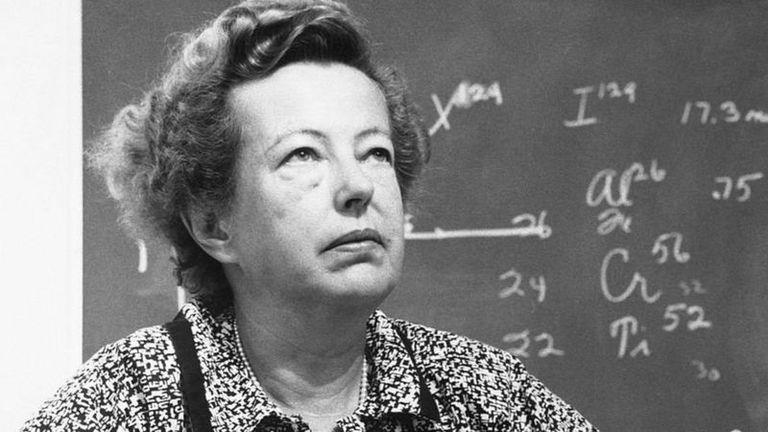 Maria Goeppert Mayer se convirtió en profesora titular recién a los 54 años