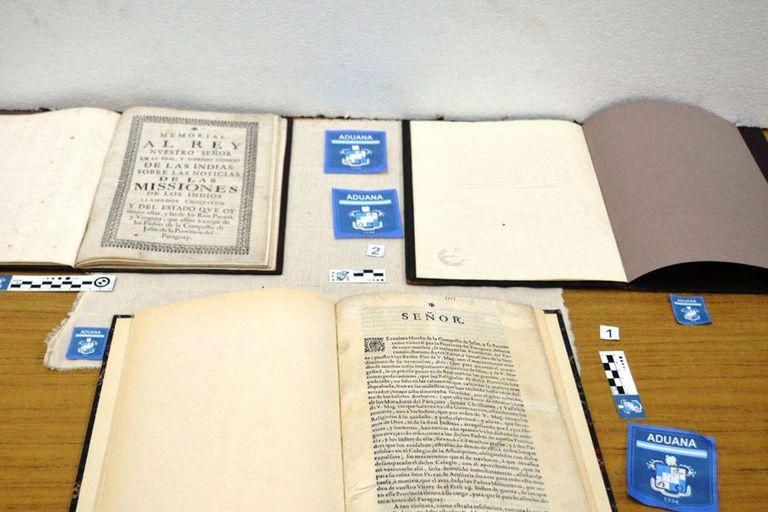 Secuestraron tres libros impresos por las Misiones Jesuíticas en el Siglo XVII
