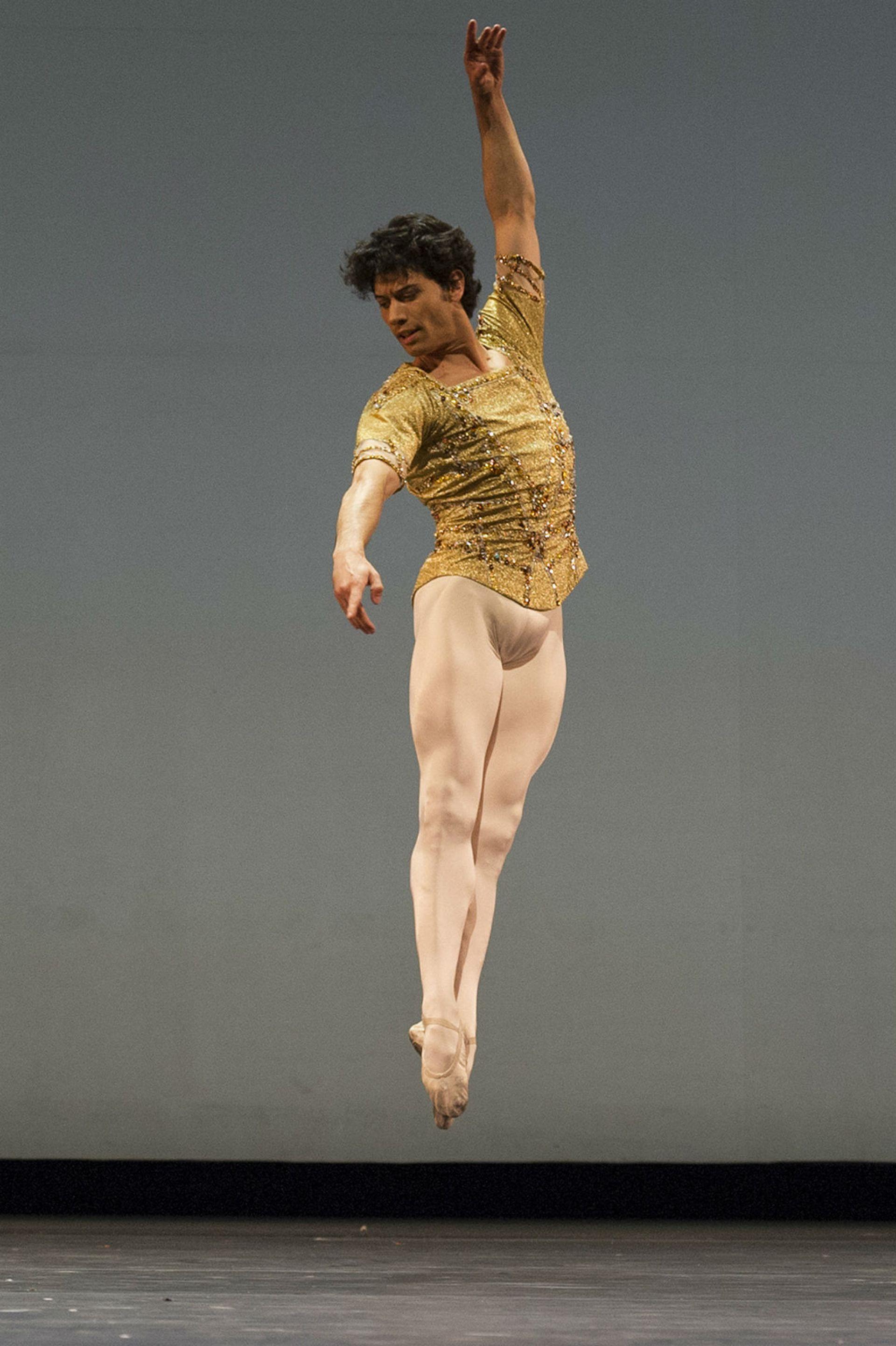 Herman Cornejo en la Gala Mundial de Ballet del Teatro Colón 2016