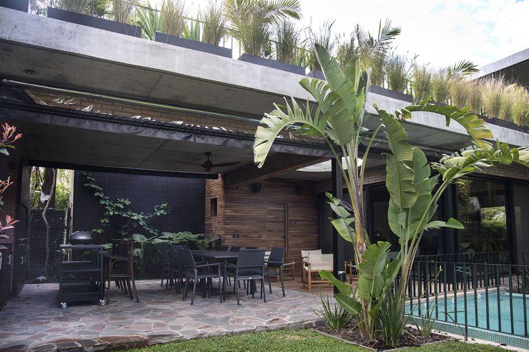Un jardín, todo por hacer y una consigna: inundar el espacio de verde