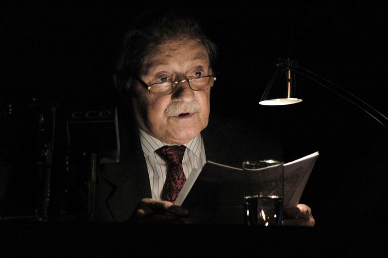 """Mario Benedetti, el centenario: de la poesía de la vida cotidiana al  """"desexilio"""" - LA NACION"""