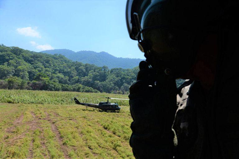 Despliegan al Ejército para sellar la porosa y conflictiva frontera con Bolivia