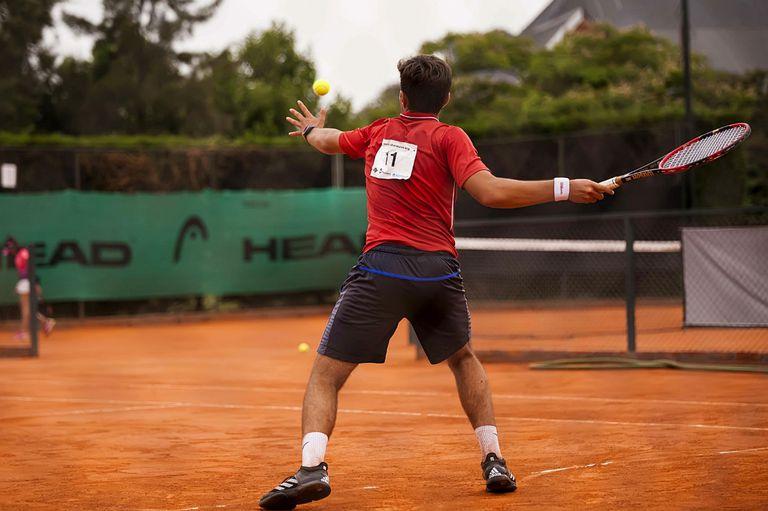 El modelo universitario de EE.UU., una opción para para tenistas jóvenes