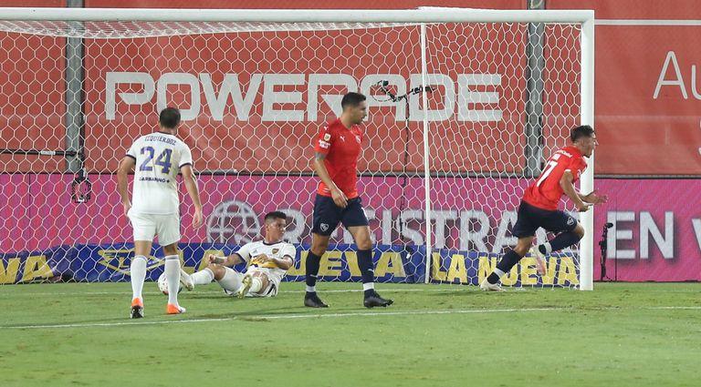 Togni celebra su gol ante Boca
