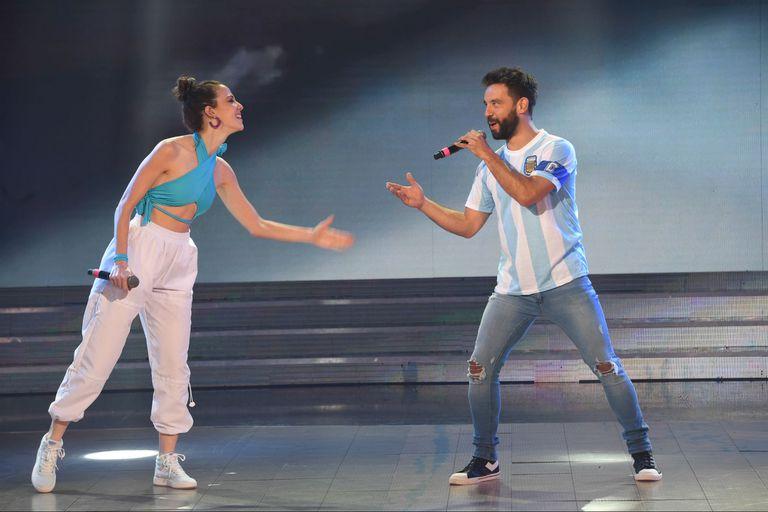 """Cantando 2020: el divertido show de """"Cachete"""" Sierra y su perrita"""