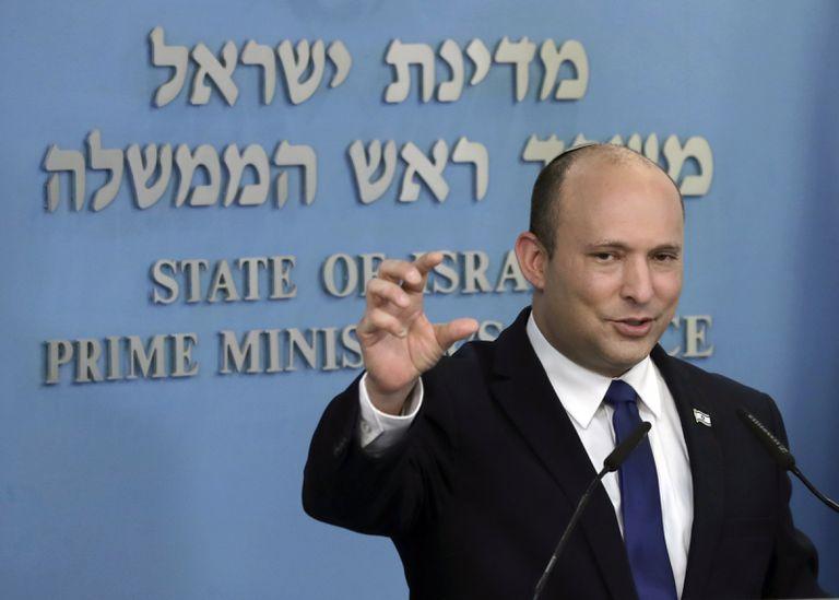 El primer ministro israelí, Naftali Bennett, da un mensaje oficial en Jerusalén