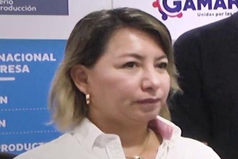 La nueva titular de Comercio Exterior y Turismo, Rocío Barrios, juró desde su casa tras dar positivo