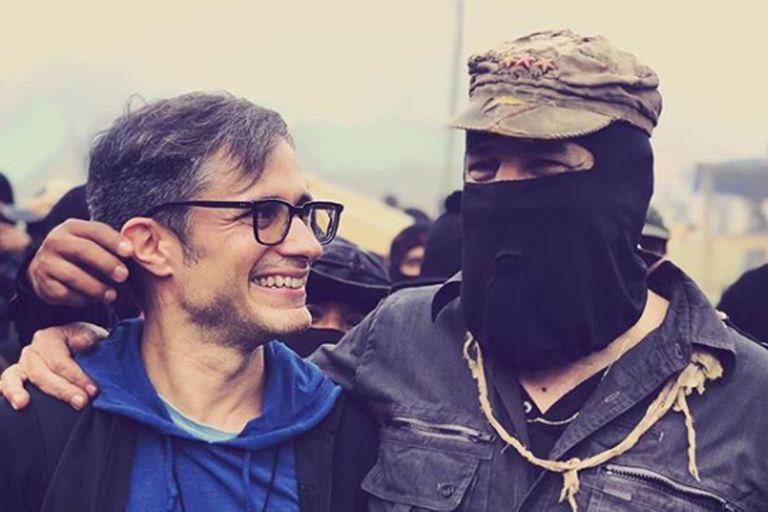 Gael García Bernal recibió un reconocimiento en el festival de cine zapatista