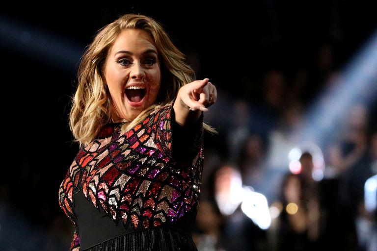 La cantante británica logró perder peso gracias a una rutina de pilates y una polémica dieta