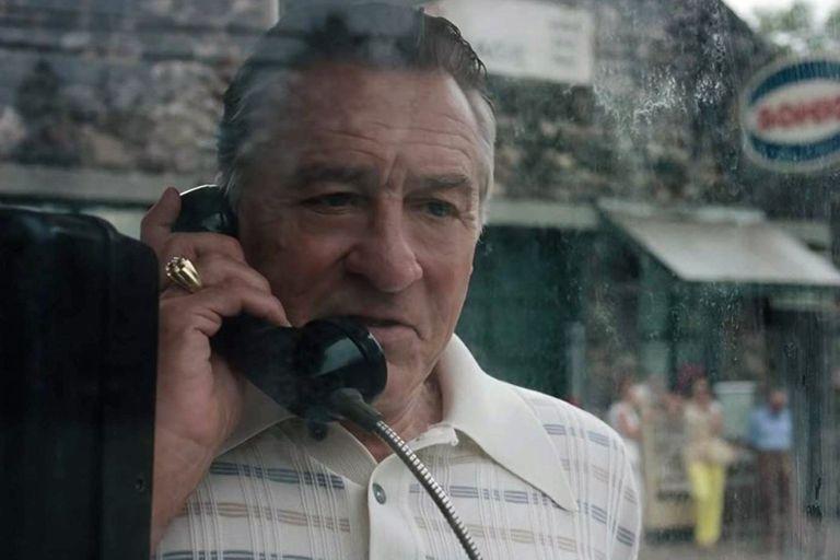 De Niro es Frank Sheeran, sicario del crimen organizado en Estados Unidos
