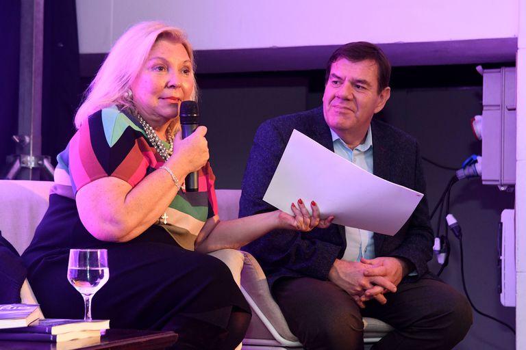 Elisa Carrió coincidió y presentó su libro en el Torreón del Monje