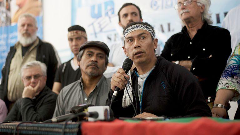 La mesa de dialogo entre el Pueblo Mapuche y el Obispado de San Carlos de Bariloche del 28 de noviembre