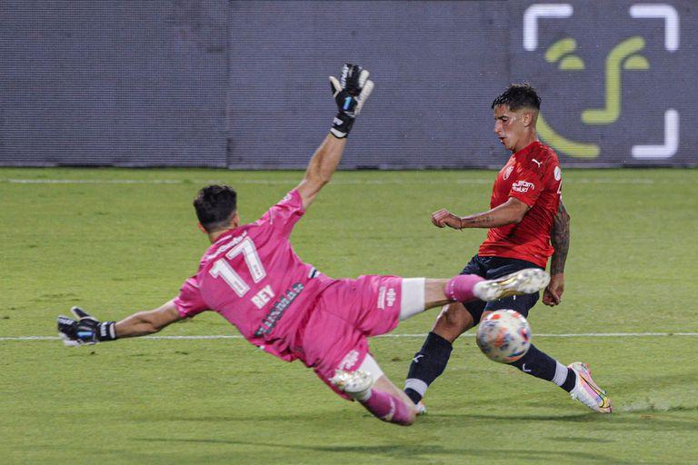 El Club Atlético Independiente de Avellaneda recibe a Gimnasia y Esgrima de La Plata, por la tercera fecha de la Copa de la Liga Profesional de Fútbol Argentino, el 27 de febrero de 2021.