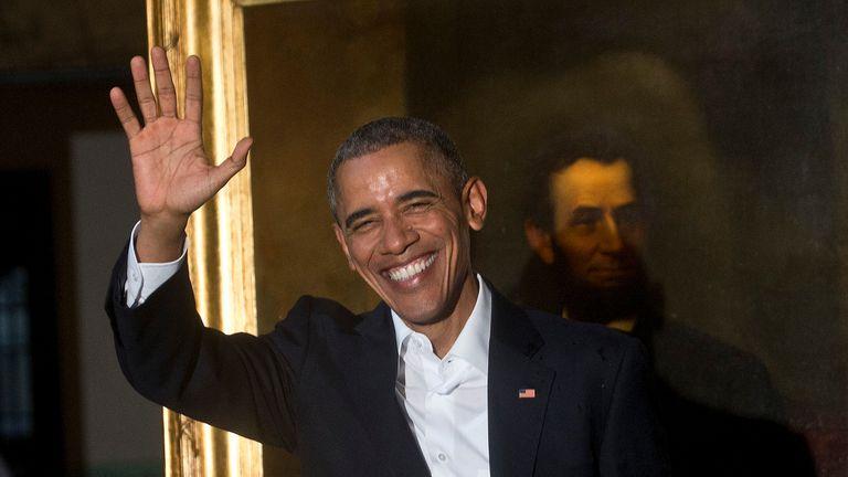 Obama llegó a Cuba acompañado por su mujer, Michelle  y sus dos hijas , Malia y Sasha