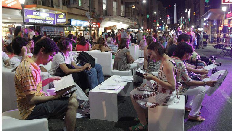Fiebre de sábado por los libros con la Noche de las Librerías, en dos barrios porteños