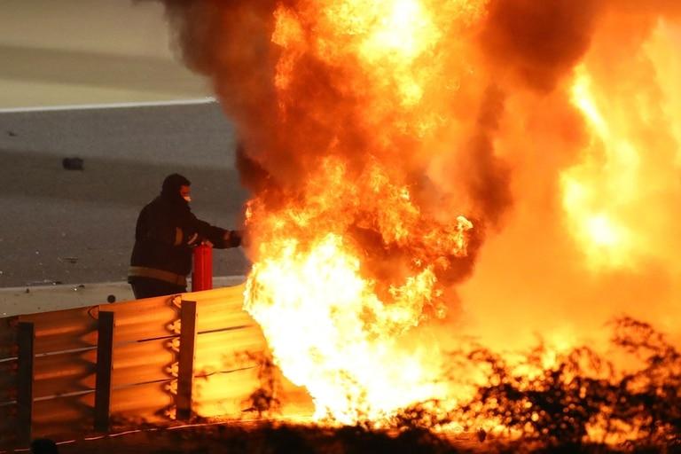 Así salía Grosjean de la feroz explosión de su auto
